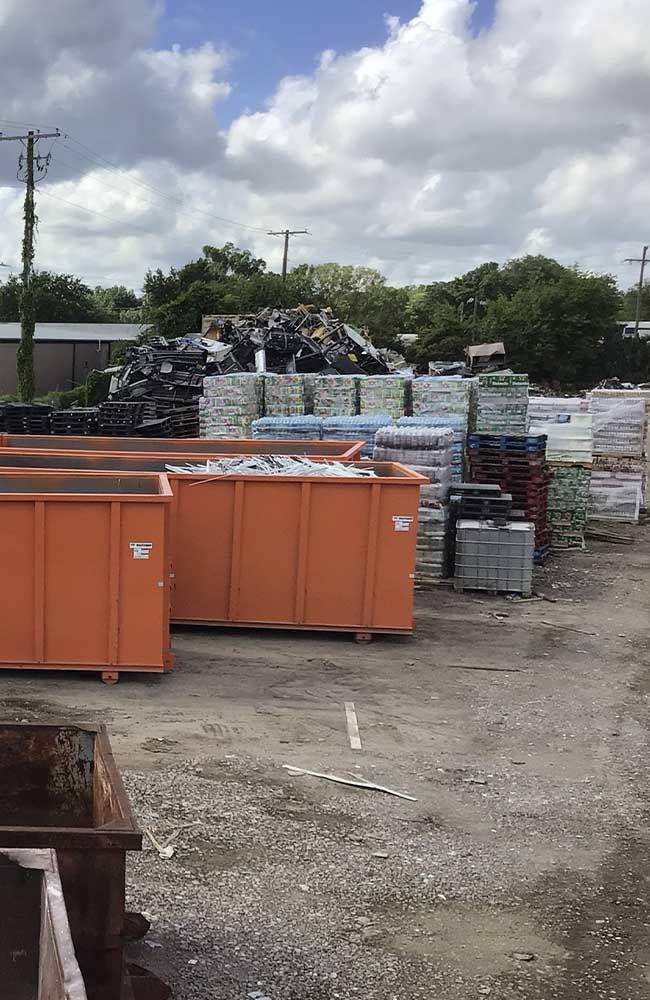 Image of R&L Metals containers-services hero
